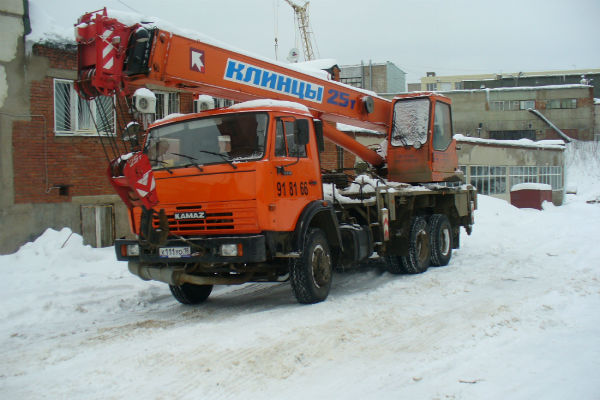 Автокран КАМАЗ 25 т, с гуськом, 1600 руб/ч, от 4ч.